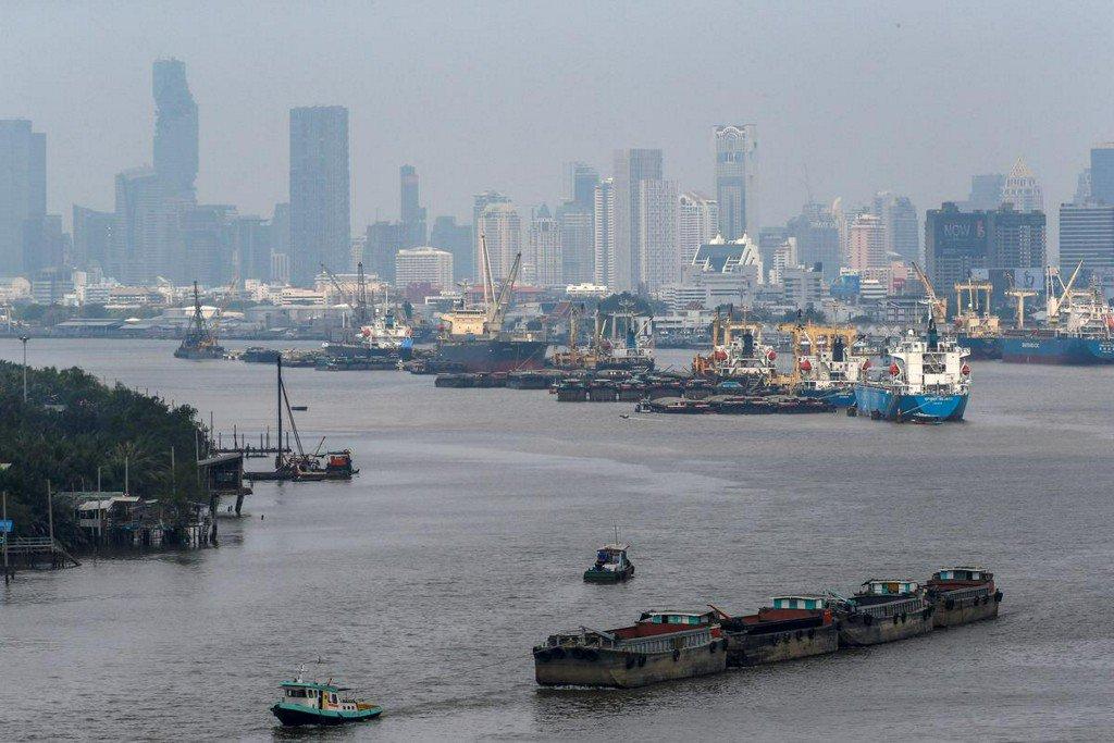 Thai exports seen falling 5% year-on-year in June: Reuters poll https://www.reuters.com/article/us-thailand-economy-trade-idUSKCN1UE0R5?utm_campaign=trueAnthem%3A+Trending+Content&utm_content=5d31961cb9415600019af9c6&utm_medium=trueAnthem&utm_source=twitter…