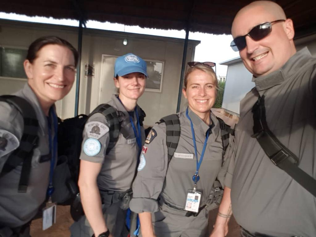 🇨🇦 police have been in #Mali for 6 months now and the 1st five are hard at work providing expertise in areas like community policing and security sector reform. Read more about their role in #MINUSMA and #EucapSahelMali. http://rcmp-grc.ca/22473