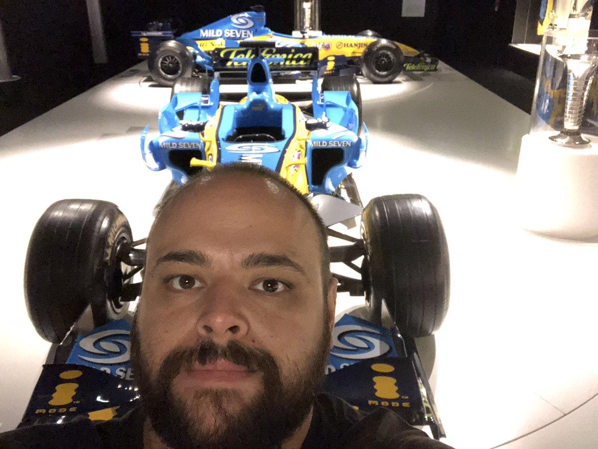 Espectacular mañana en el Museo Fernando Alonso. Una maravilla. Q grande @alo_oficial