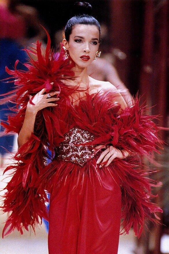 Dalma Callado for Givenchy HC FW 1988#fashion #GIVENCHY