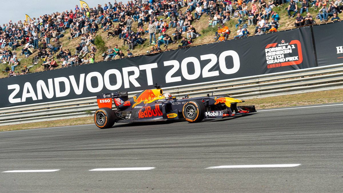 Enjoy Zandvoort in style 🇳🇱 It's time to secure your place at next season's #DutchGP 🏁👉 https://win.gs/DutchGPTickets  #givesyouwings