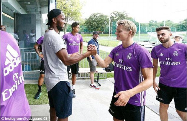 Drogba visited Real Madrid at training camp.