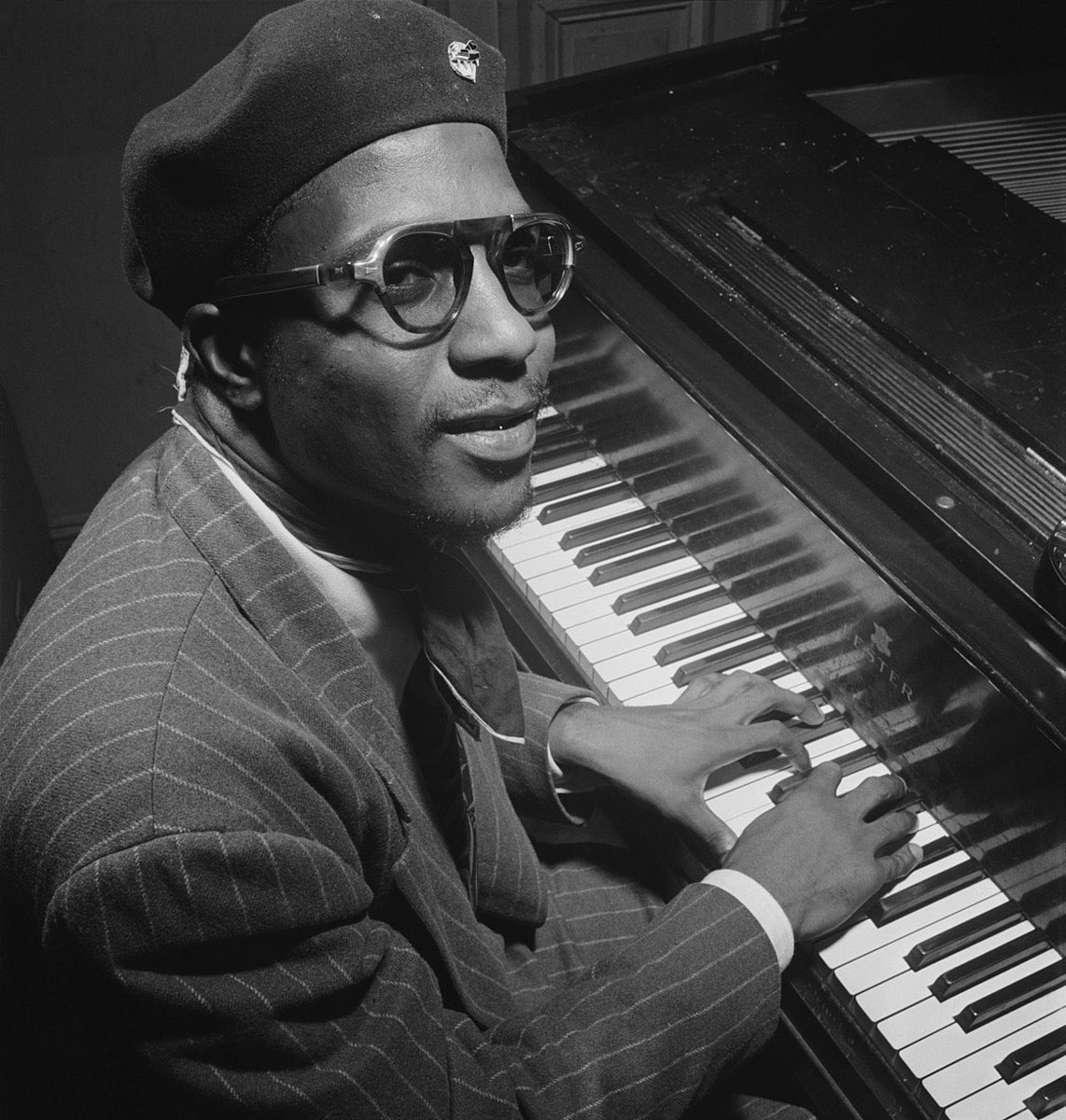 """Thelonious Monk  """"Misterioso""""  Live Lincoln Center, NY 1964  Charlie Rouse-Tenor Sax   https:// youtu.be/7te1syRAYO0    <br>http://pic.twitter.com/yA9YTJ1xBg"""