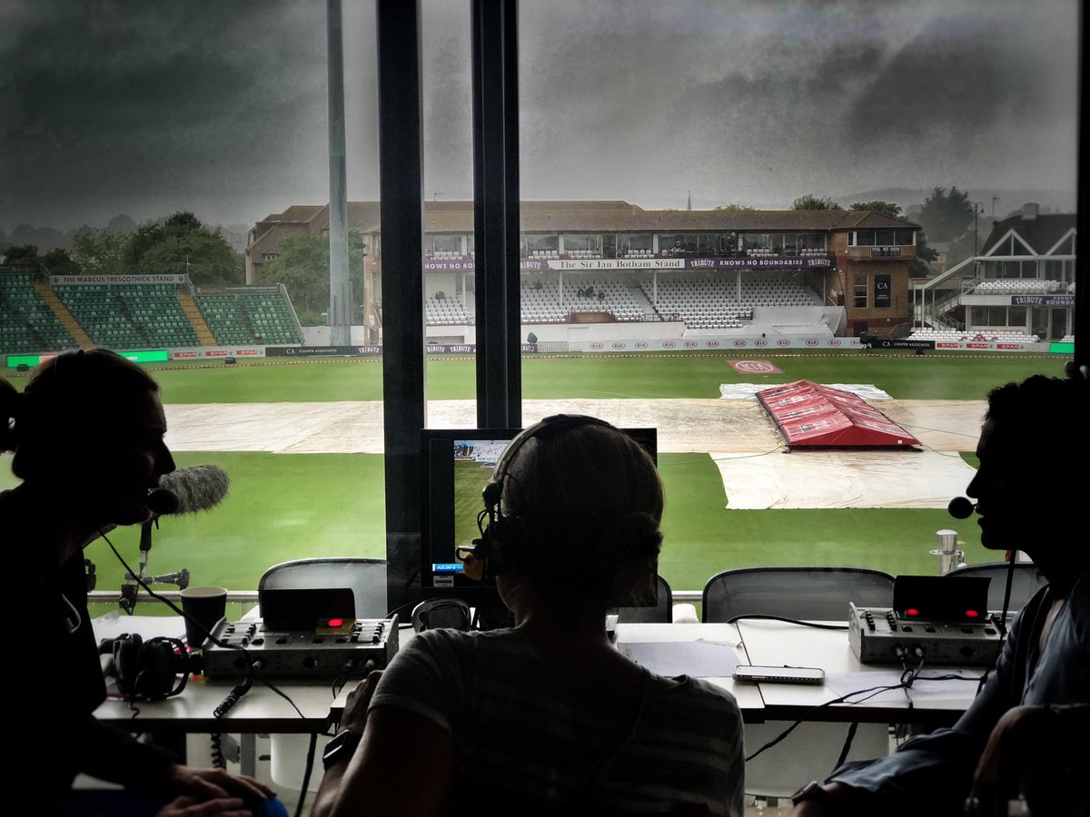 A frustrating scene outside at Taunton...Will we see any more play today?http://bbc.in/2LZI3Bq #bbccricket #WomensAshes