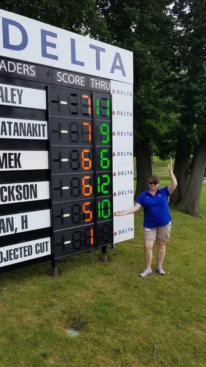 @ddowneyclassic Main scoreboard at 18. #theseladiesROC pic.twitter.com/DEIRcS8YkP – at Brook-Lea Country Club