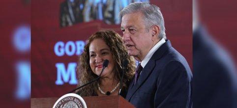 "#Entérate: Respalda AMLO a Sanjuana como titular de Notimex, ""es excelente servidora pública"", señala | Video 👇 http://ow.ly/EJ4z30paeXL"