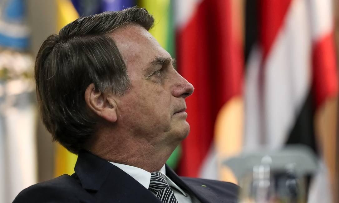 """""""Não tô vendo nenhum magro aqui"""", diz @jairbolsonaro a jornalistas após negar que haja fome no Brasil https://glo.bo/2Sn3qgY"""