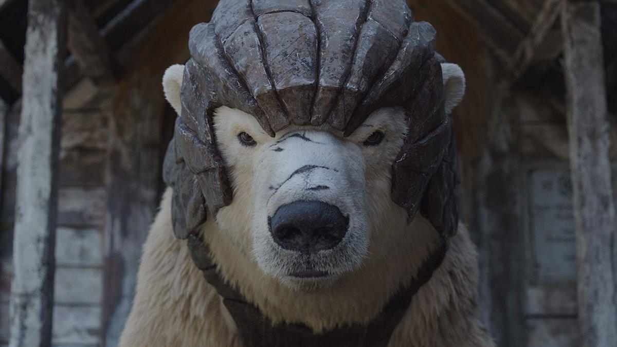 "Mint Movie™ lll on Twitter: ""ตัวอย่างและภาพนิ่งจาก #HisDarkMaterials  ซีซันแรกของ HBO ที่เนื้อเรื่องอยู่ในหนังสือชุดธุลีปริศนาที่ ""The Golden  Compass""หรือ ""อภินิหารเข็มทิศทองคำ"" เป็นเล่มแรกของไตรภาค มีนักแสดงนำอย่าง  เดฟเน่ คีน (Logan), เจมส์ แม็คอะวอย ..."