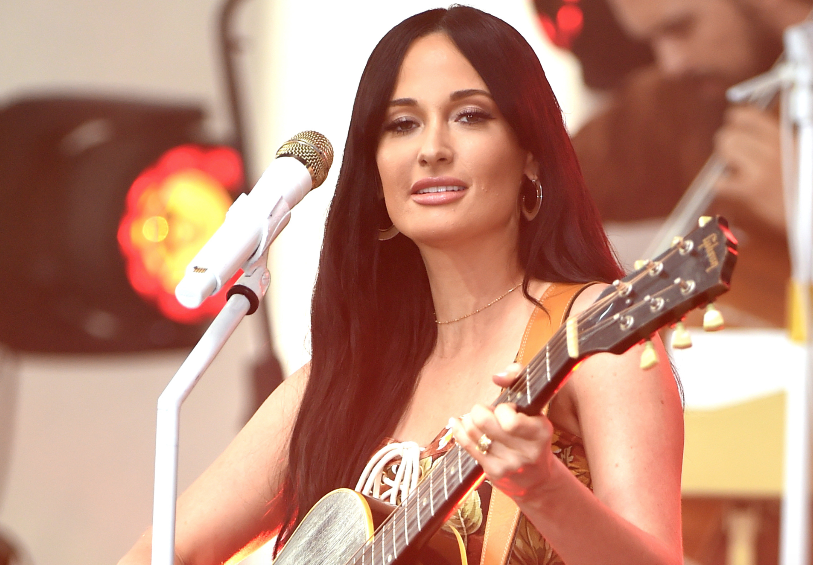 """See Kacey Musgraves' mesmerizing performance of """"Slow Burn"""" on #TodayShow  https:// rol.st/32BkkNM    <br>http://pic.twitter.com/pP8kp16VY3"""