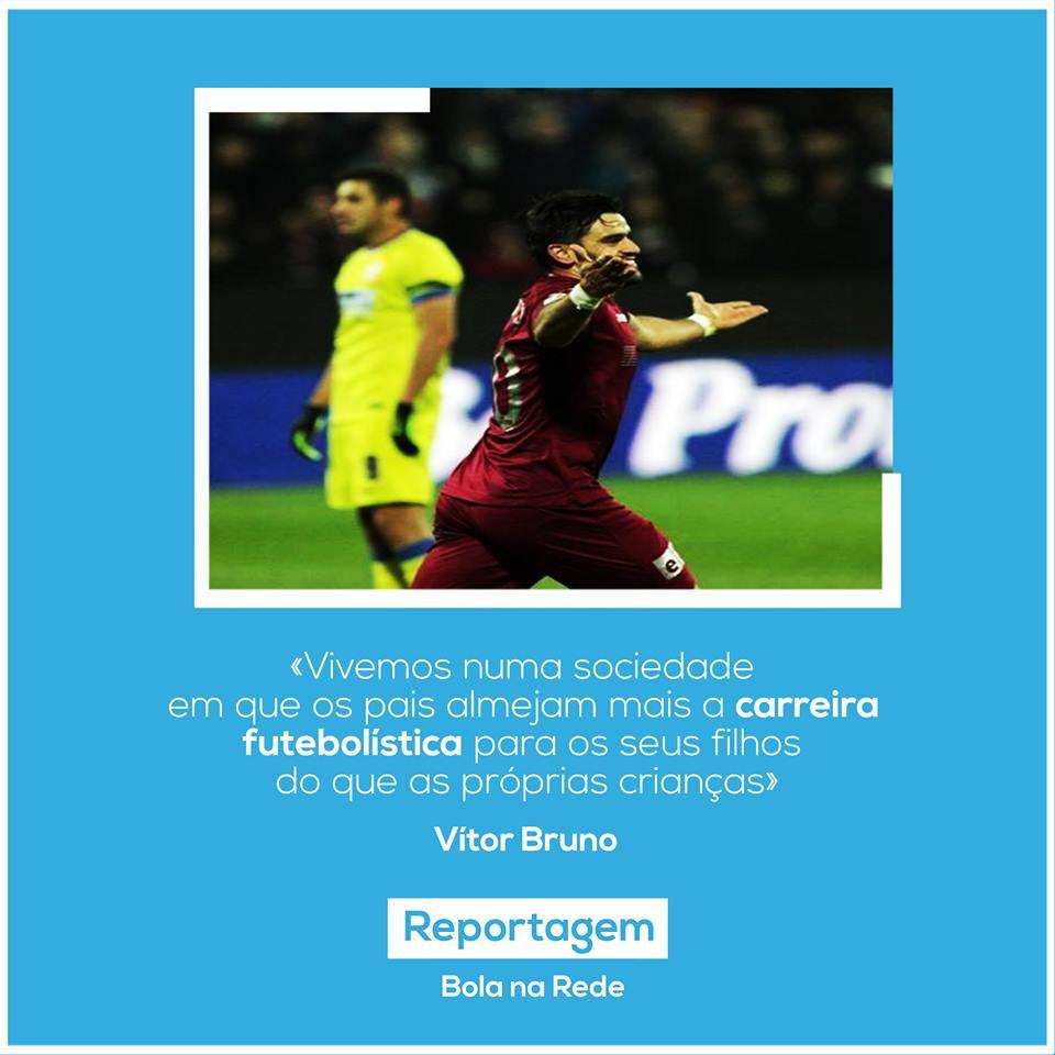 📣 EXCLUSIVO BnR 🔔  O Bola na Rede entrevista Vitor Bruno, jogador que é uma referência no @CDFeirenseSAD!   Lê a entrevista completa ➡️ https://bit.ly/2O2IgGp  #CDF #CDFeirense #VítorBruno #FutebolNacional