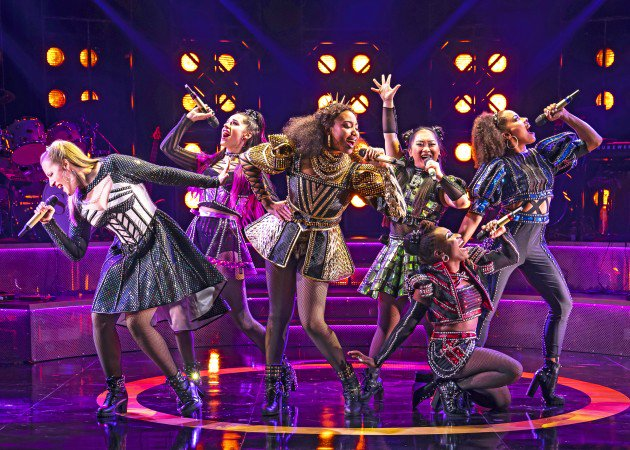 🎵Dont lose your head! 🎵 @msadriannahicks, @abcmuell, and more of the @sixthemusicalUS queens will be reprising their performances at @americanrep! bit.ly/adrianna-hicks…