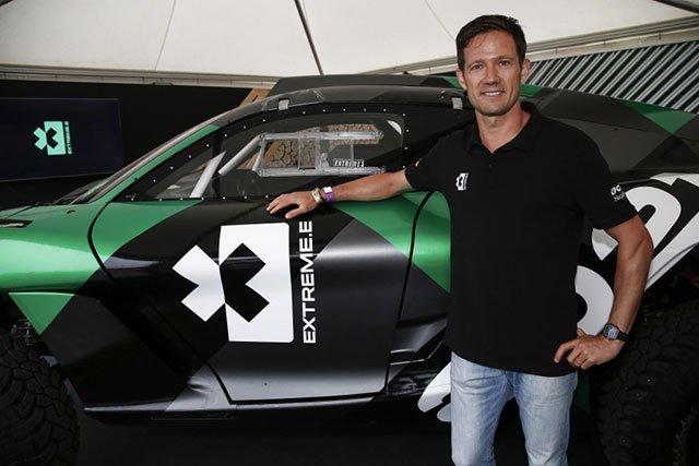 【AUTOSPORT web】 電動SUV戦『エクストリームE』のアンバサダーにWRC王者オジエが就任。競技面と技術面をサポート: … http://dlvr.it/R8l6D9 #F1JP