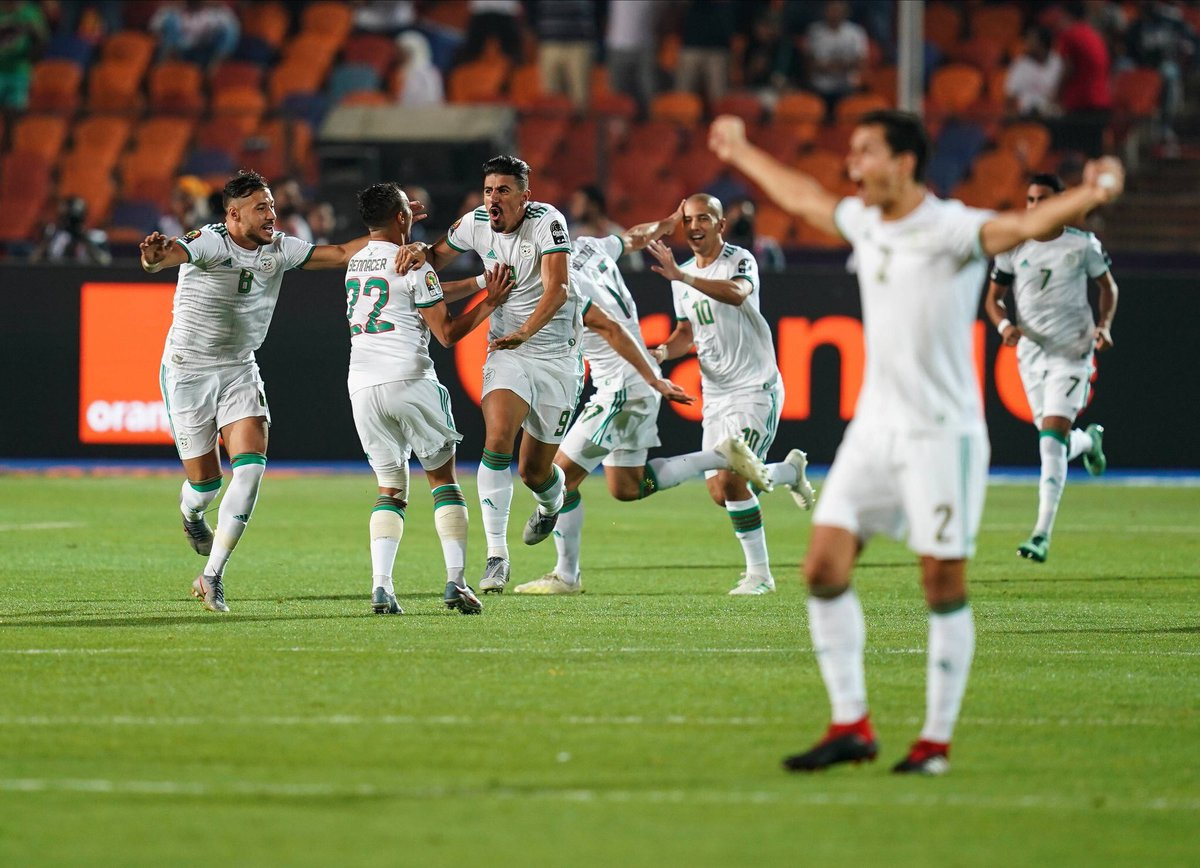 Félicitations @LesVerts 🇩🇿vainqueurs #TotalAFCON2019 👏🏿. تهانينا to the #DesertFoxes 🦊 on your @CAF_Online #TotalAFOCN2019 victory!
