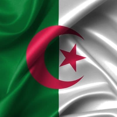 Sooo proud to be Algerian!  I'm so happy that I got to live this historical day #ALGSEN  #الجزايز_السنغال<br>http://pic.twitter.com/pnYLrC0xCH