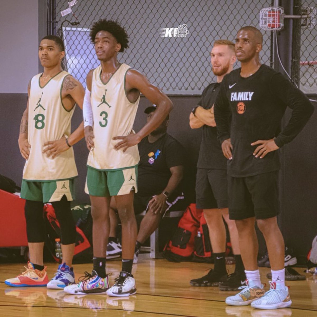 Zaire Wade working out with Chris Paul today! 👀