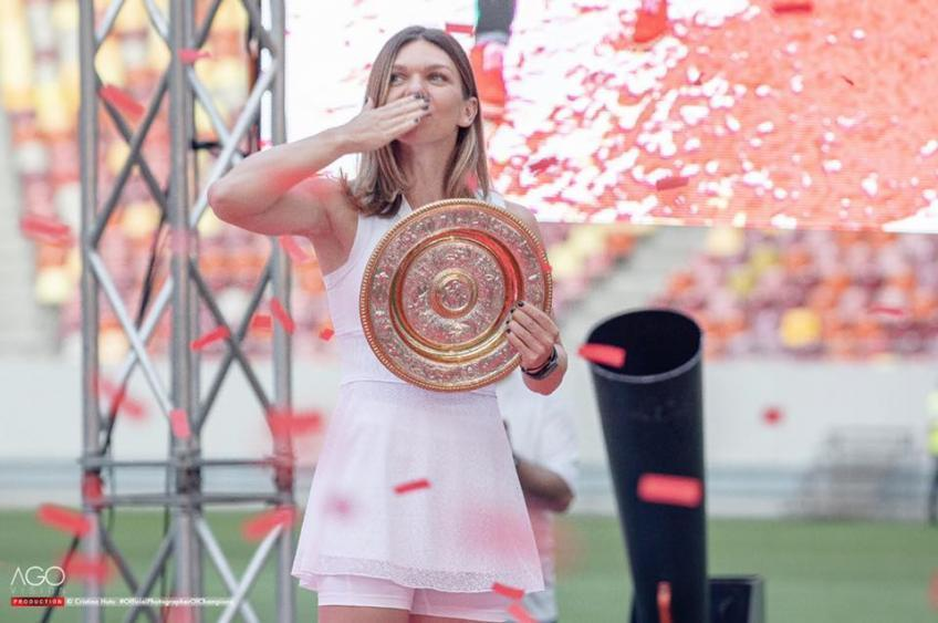 Simona Halep in front of 30,000 fans: