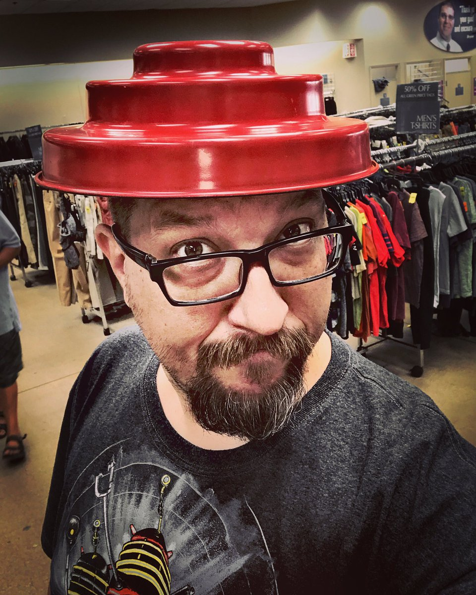 I know it's a cake pan, but Vintage Tech Hunters are all about creative reuse. See more mutated madness tonight on FYI Network. #retrovintagerewind #devo #arewenotmen #dutynowforthefuture #cakelover