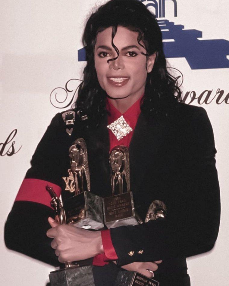 Michael Jackson at the American Music Awards, 1989.