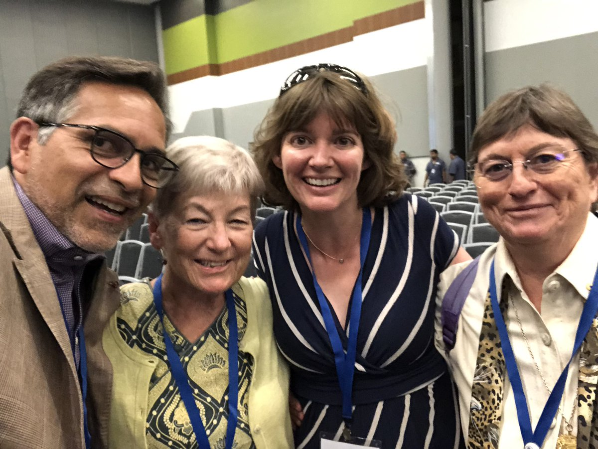 Hey @rrbehringer, look who I'm hanging out with! Drs. Blanche Capel, Kim Cooper @UCSDCooperLab & Marylin Renfree. They say hello!  Marylin received the 2019 Carl G. Hartman Award, highest recognition of achievement given by @SSRepro  #SSR2019 @Science_Academy @DukeU<br>http://pic.twitter.com/7IKMVgr1FF