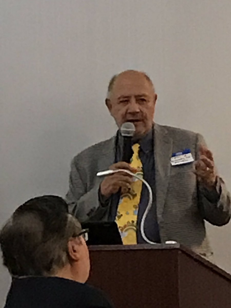 """Dr Charlie Gutierrez-pediatrician for 39 yrs in El Paso  loves telling med students about the """"art"""" of medicine- here at NHMA El Paso Chapter Forum @NHMACYP @NHMACOR @LMSA_National"""