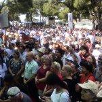Image for the Tweet beginning: İzmir'de üreticiyle tüketiciyi biraraya getiren