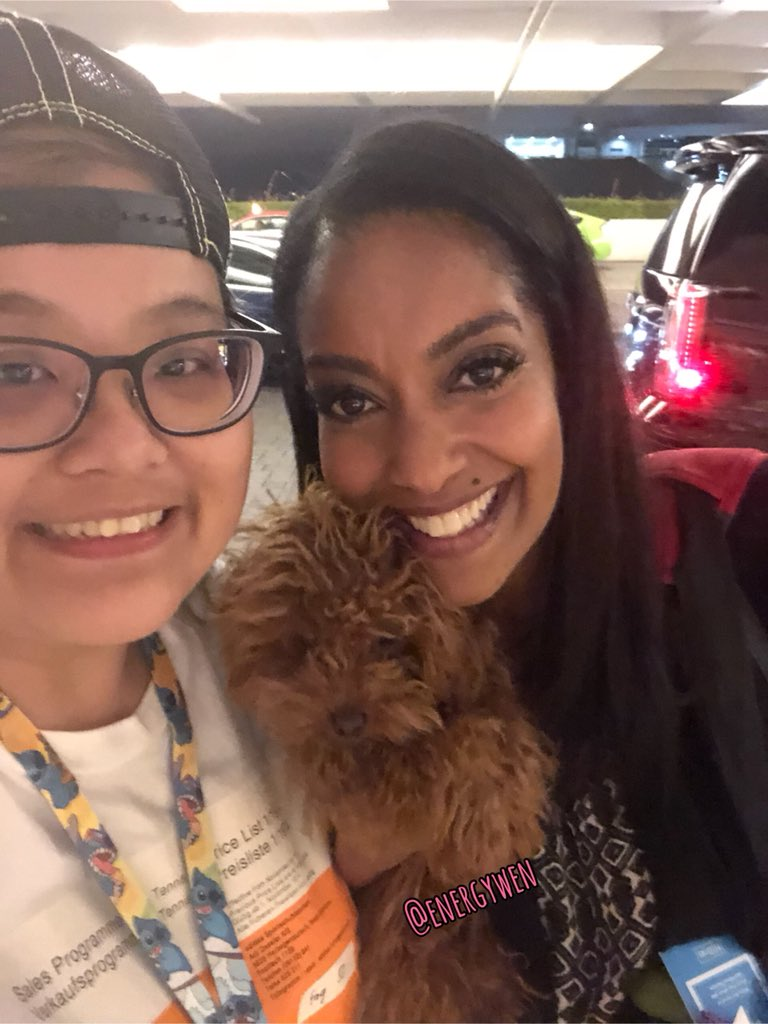 Late night welfie! Love you so much @AzieTesfai and little sweet George!! See you tomorrow!!! <br>http://pic.twitter.com/13yPgWPVS0