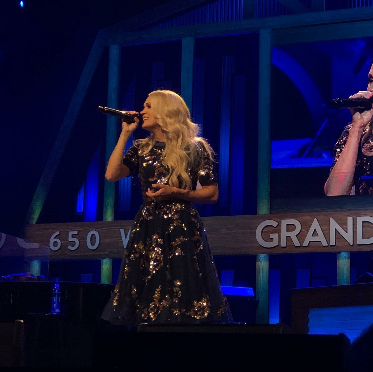I ❤️ playing at the @opry !!!