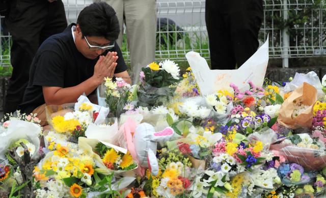 【放火被害】京アニ第1スタジオ「跡地を公園に」、社長が考え示す「できれば公園にして記念碑を作りたい」と述べたほか、亡くなった社員の葬儀やお別れ会を執り行いたいとの意向も示した。