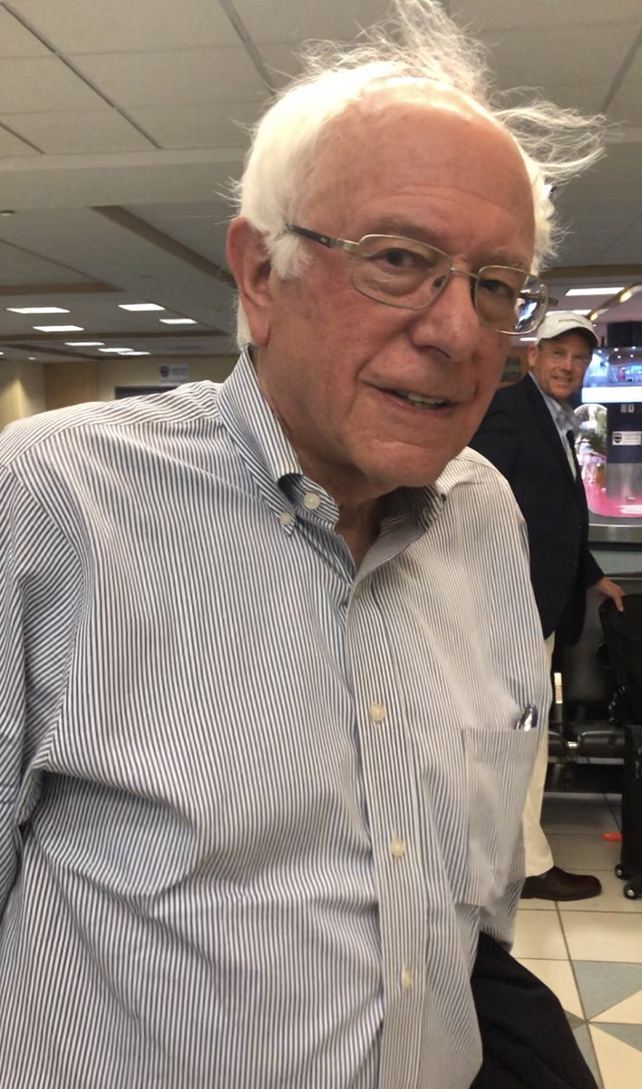 Thanks @BernieSanders for taking a couple minutes out of your busy schedule for me. Hope you made your flight. #FeelTheBern <br>http://pic.twitter.com/aVb9P7c3R6