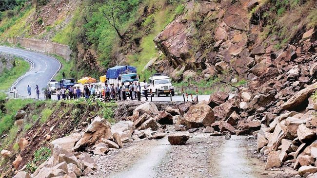 Badrinath Road Current Status #Badrinath #Badrinath_Road_Status #Traffic_jam #Landslide https://wildhawk.in/badrinath-road-today-current-status/ …