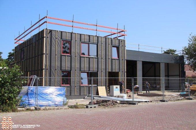 Nieuwe kazerne Naaldwijk in opbouw https://t.co/lArkGv5BR4 https://t.co/YpoZUpqsnd