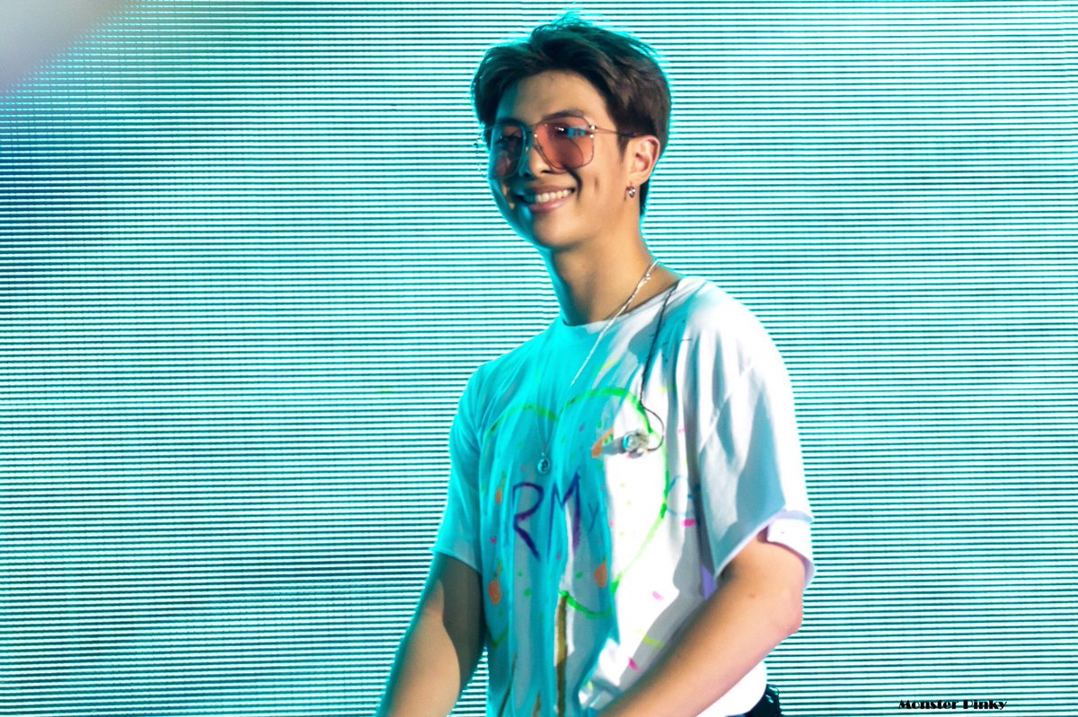 190615 #BTS5THMUSTER Day 1  cr. monsterpinky_ @BTS_twt  #RM #김남준 #NAMJOON #aRMy<br>http://pic.twitter.com/qTy6zgUFRE