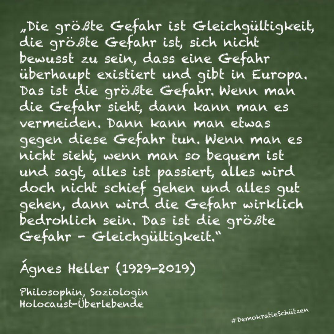 Ágnes Heller entging nur knapp dem Holocaust, folgte immer ihren Überzeugungen und wandte sich bis zu ihrem Tod gegen Tyrannei und Unterdrückung: Auch ihr Vermächtnis verpflichtet uns, wachsam zu bleiben und den Mantel der Gleichgültigkeit zu zerreißen.  https://t.co/hwNF2RDnqD https://t.co/qFRVZODzMc