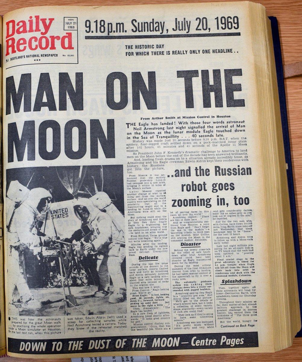 D 5yEazWsAAqk2x - The Moon 1969