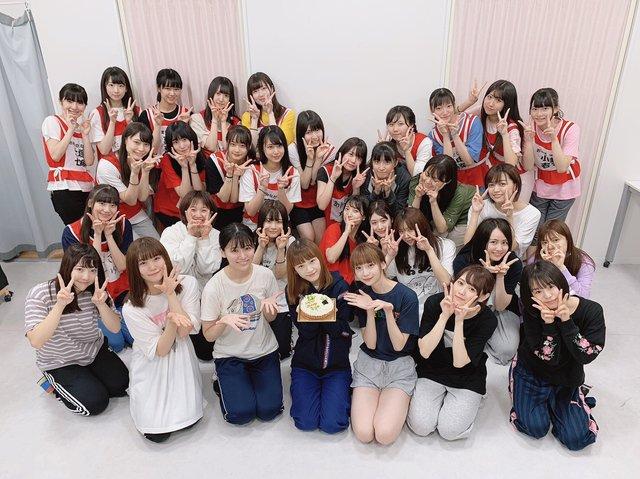太野彩香「今日は私の22歳の誕生日でした!レッスンが終わった後にメンバーのみんなが沢山お祝いしてくれました」