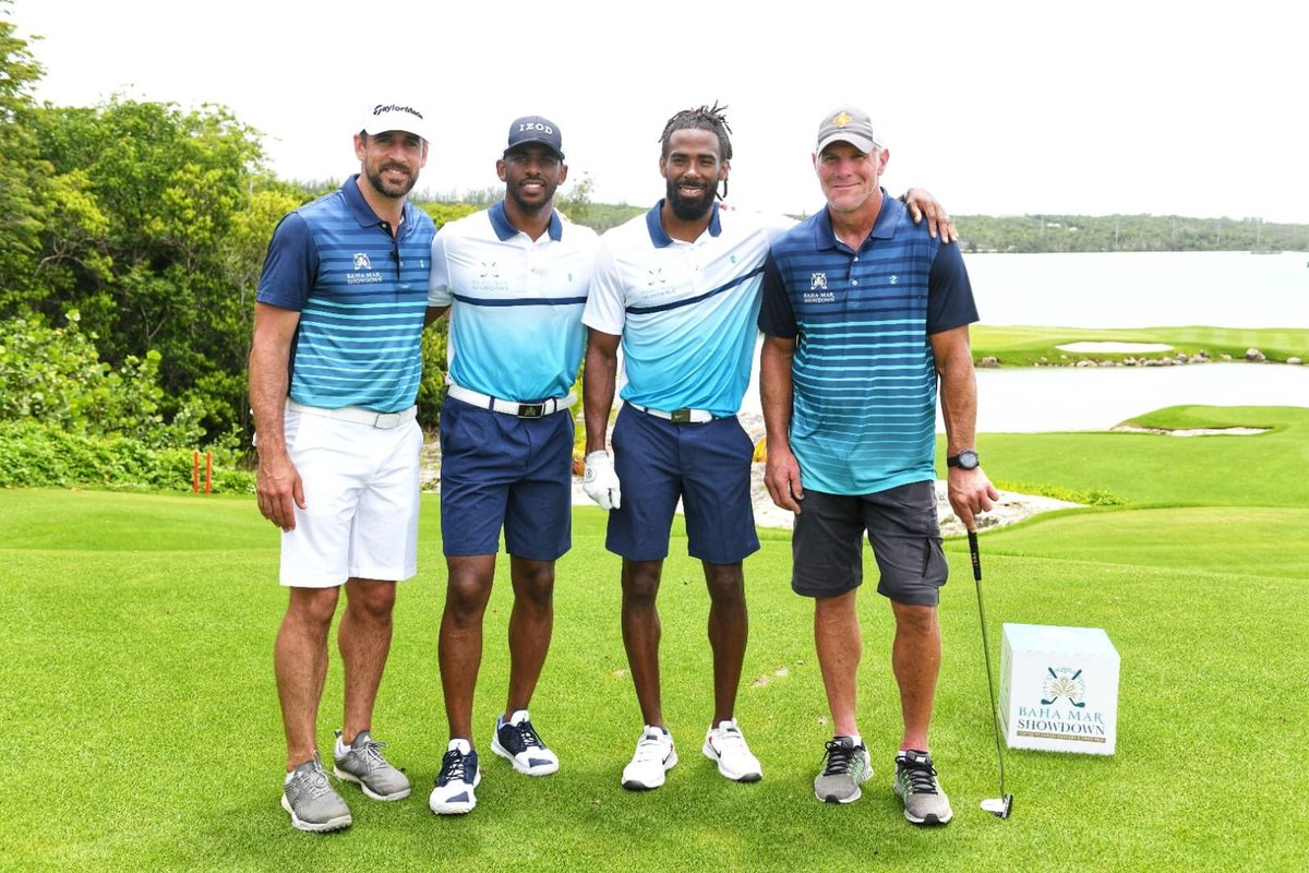 Tune into to CBS at 3PM ET today to watch how the action played out at the #BahaMarShowdown! Had fun competing against @aaronrodgers12 and his squad - excited for y'all to watch! @TheShowdownGolf 📸: @MistaDubb