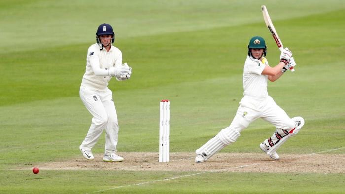Coverage of the #WomensAshes is live now on @5liveSport with our highlights half hour. Then we'll be live at the ground from 1030. #bbccricket #ChangeTheGame #goboldly