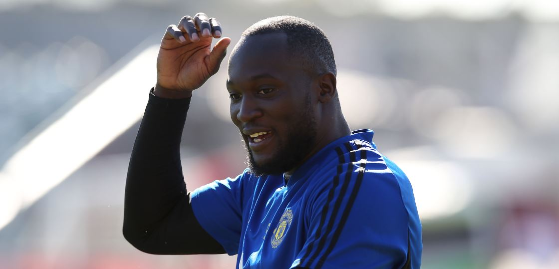 Inter Milan boss Antonio Conte says Romelu Lukaku would improve his side.But will he head to Italy?Here's more ➡https://bbc.in/2Z1IHlm #MUFC #ManUtd #bbcfootball #ManchesterUnited
