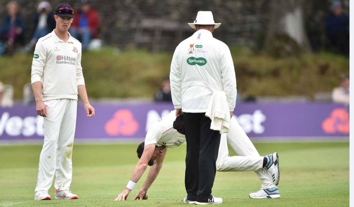 """England's all-time leading Test wicket-taker James Anderson says he feels """"good"""" as he aims to be fit for the #Ashes. Here's the latest ➡https://bbc.in/2XUlCo8 #bbccricket"""