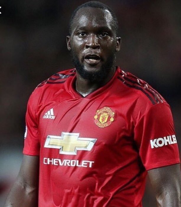 Manchester United have rejected a bid of €60m from Inter Milan for Romelu Lukaku. (Source: SkySports)