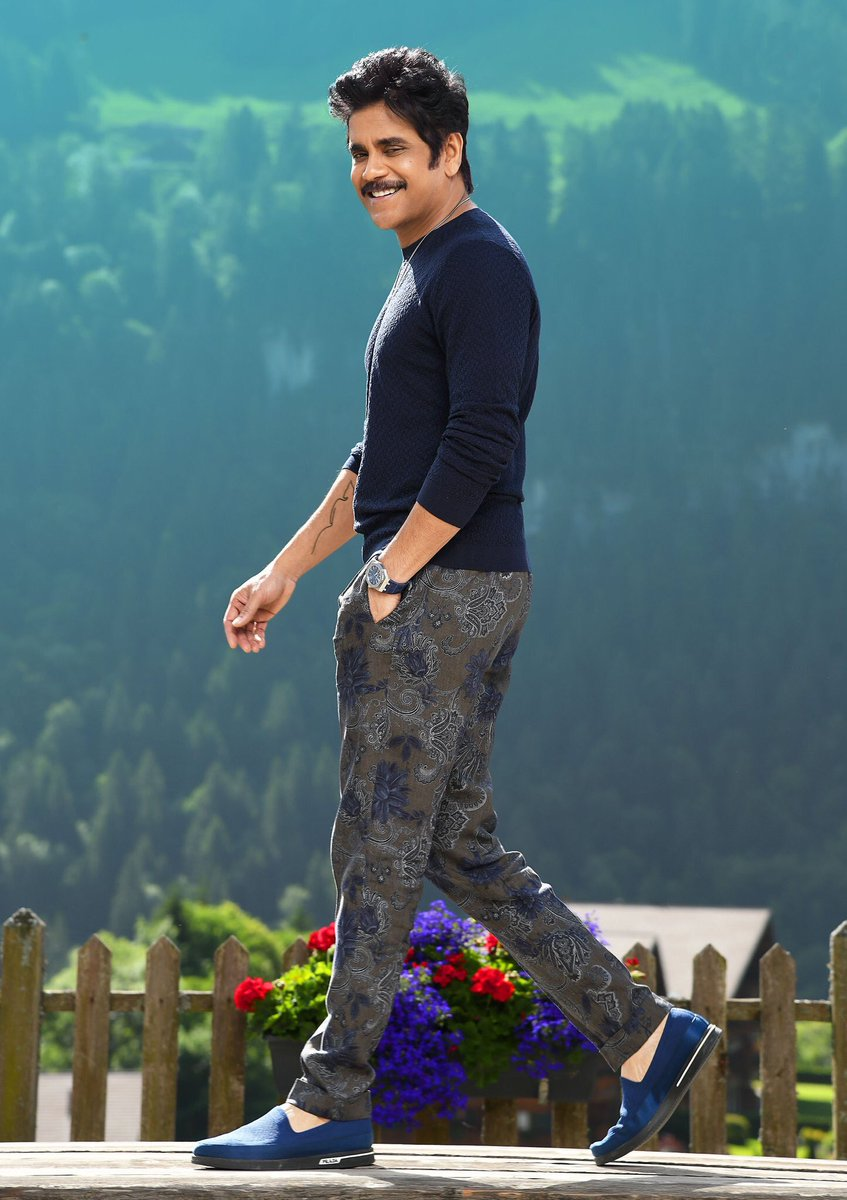 And yes... here you go guys... that photo without logos. #Manmadhudu2