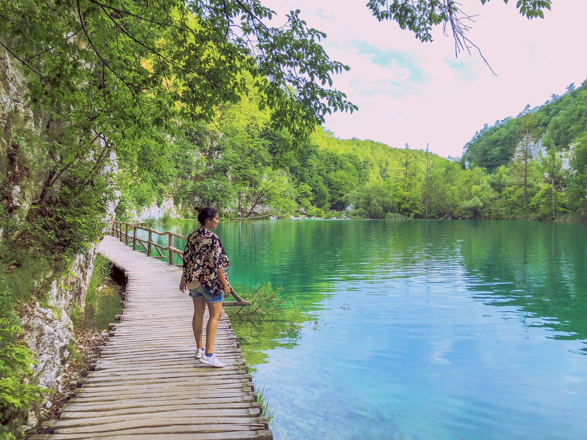 Went to paradise in Croatia. B-E-A-U-T 📍Plitvice National Park, Croatia . #ISIXstyles #ISIXtravels #EuroTrip #IndianBlogger