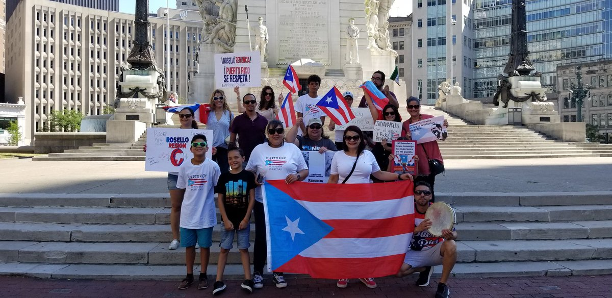 Responding but not in flyer format. Last Thursday from Indianapolis, IN. #RickyRenunciaYa<br>http://pic.twitter.com/N3TFRfnRXx