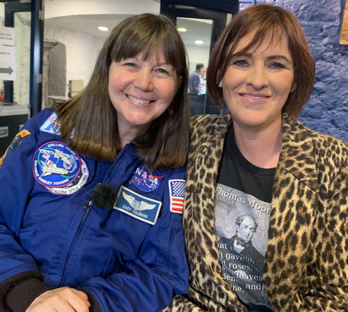 """Amazing atmosphere here at the Blackrock Observatory in Cork for @RTEOne """"50 YEARS: TO THE MOON & BACK"""" Such an honour to meet astronaut Cady Coleman @Astro_Cady 🚀#OntheMoonRTE"""