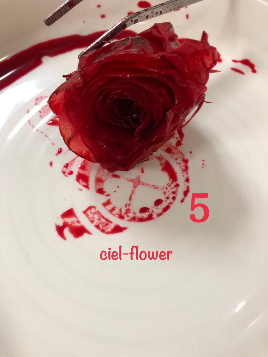 プリザーブドフラワー工程2  プリザーブドフラワー工程中!! 後ほど素敵な作品にします!!  フラワーデザイナーとして、大切にデザインして、フラワーアレンジメントをしようとおもいます。 #プリザーブドフラワー  #お花 #バラ #お花好き #花 #プリザーブドフラワー加工 #フラワーデザイナー