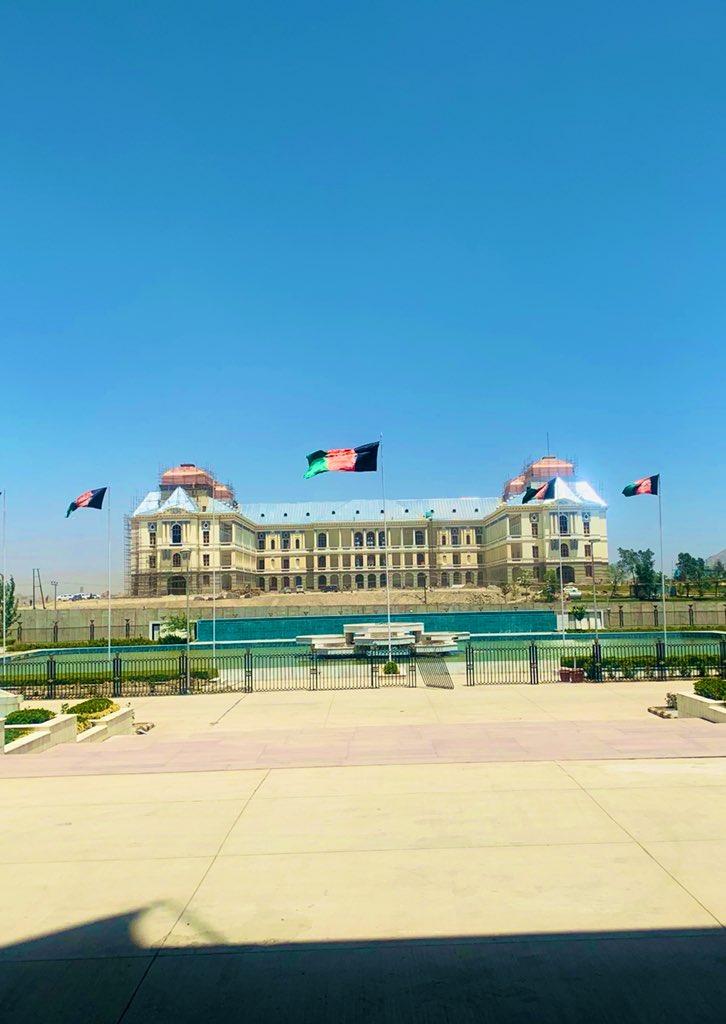 #DarlamanPalace این قصر (دارالامان)، بیانگر افتخار، تاریخ، فرهنگ و غرور ماست. آبادی ته اوږد ژوند! زنده باد آبادی، مرگ بر جهالت، خیانت و ویرانی! #IndependenceDay