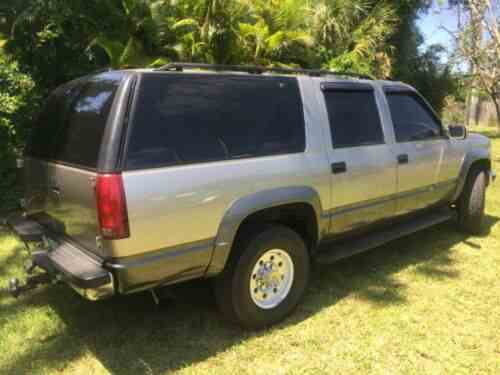 GMC Suburban 2500 (1999) https://ift.tt/2O8hQ6q #GMC Finally decided to sell my diesel suburban after many years. Always garage kept and properly maintained. Truck runs flawlessly and will make the new