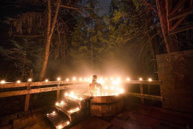 #Repost 📸 @sethtbuck ・・・ Nights in the Oregon Forest. #pnwwonderland #pnwlife #hotsprings https://ift.tt/2XTb60L
