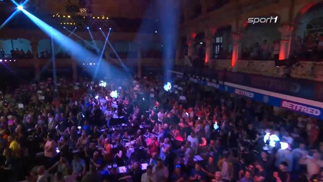 It begins... #WorldMatchplayDarts #BetfredDarts