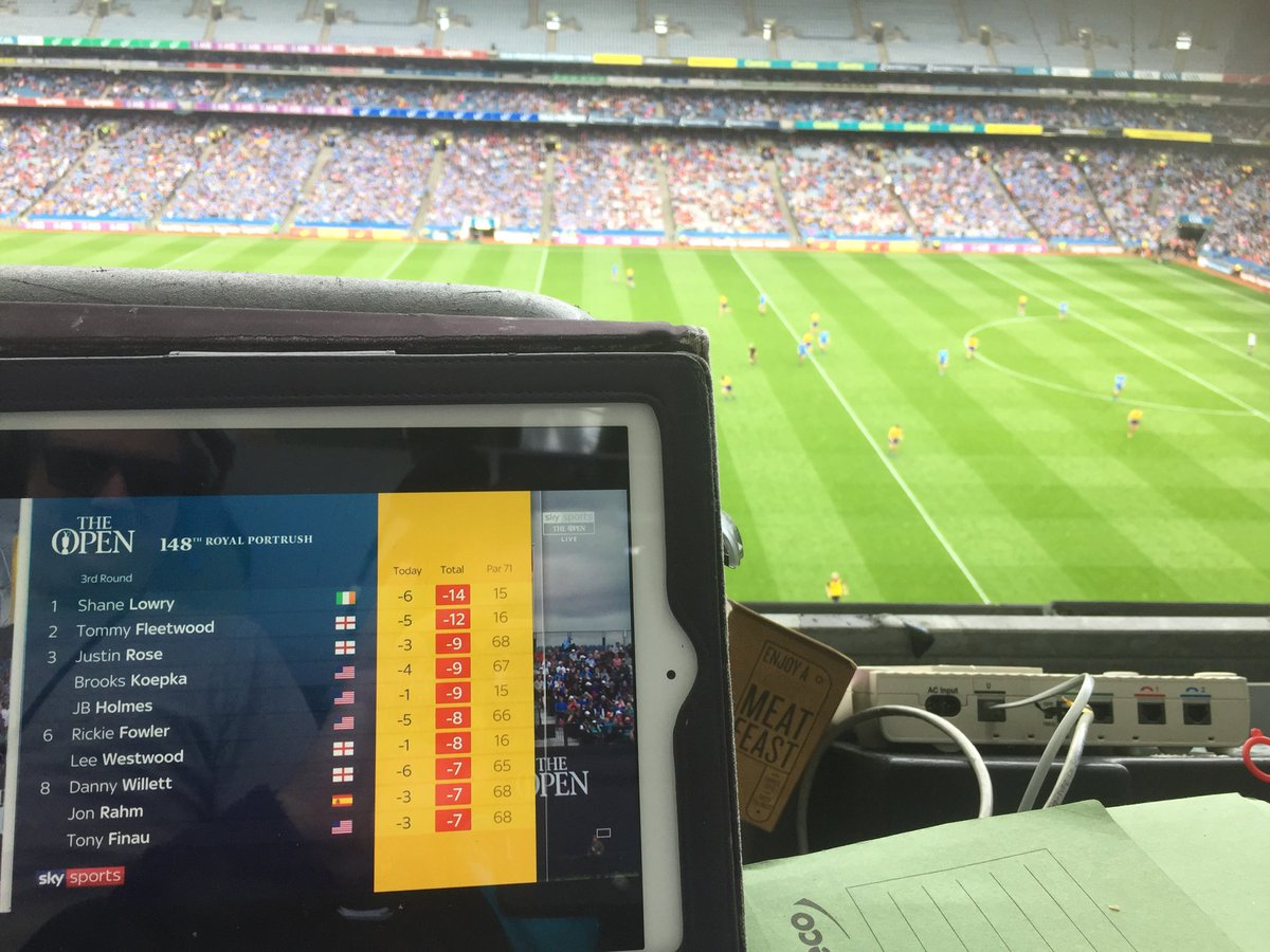 @ShaneLowryGolf is vying with Con O'Callaghan for the Man of the Match Award here in Croke Park..#DUBvROS #TheOpen